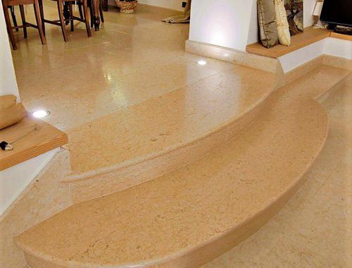 scale interne in pietra della lessinia